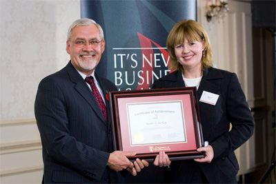 Karen McKay (BBA '84) receiving the Certificate of Achievment at the 22nd Annual Business Awards Dinner