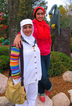Soudeh Oladi with her daughter Boshra Mollaee