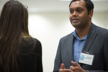 Kumaran Thillainadarajah mentors students at a recent UNB StartUp Week event.