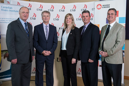 Keith Ashfield, MP Fredericton; Allen Curry, UNB Research Lead; Anne-Marie Thompson, Director of Energy, Environment and Resources with NSERC; Keith Cronkite, Vice-President, Business Development and Generation with NB Power; Eddy Campbell, UNB President